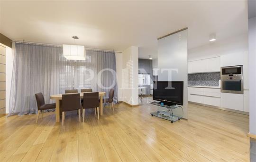 2-комн квартира, 95 м2, 2 этаж
