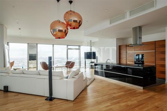 3-комнатная квартира, 216 м<sup>2</sup>, 33 этаж