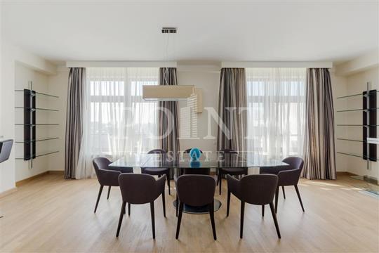 5-комнатная квартира, 269 м2, 19 этаж
