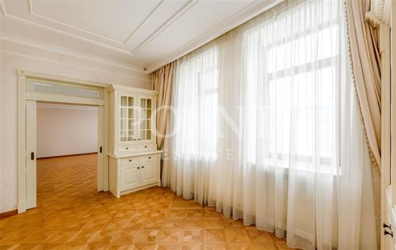 3-комнатная квартира, 158 м2, 4 этаж