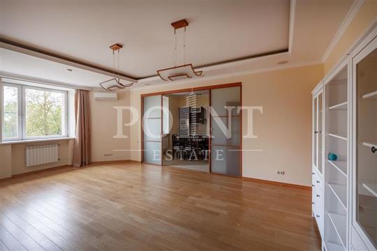 4-комнатная квартира, 127 м<sup>2</sup>, 2 этаж