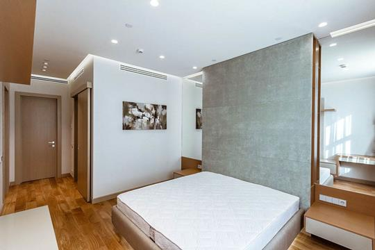 1-комнатная квартира, 92.6 м<sup>2</sup>, 4 этаж