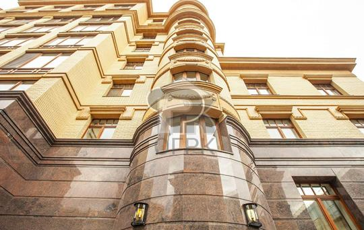 1-комн квартира, 245.9 м2, 2 этаж