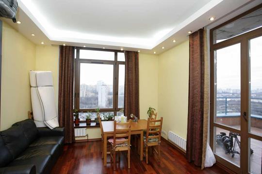 4-комнатная квартира, 100 м2, 19 этаж