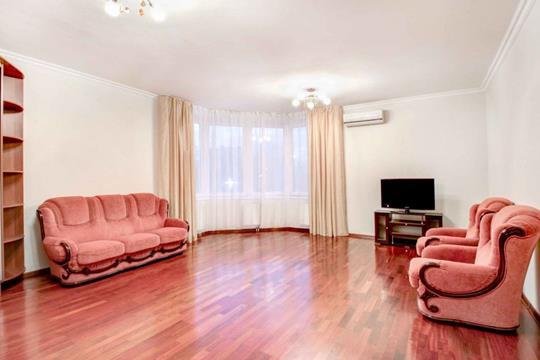 2-комнатная квартира, 84 м<sup>2</sup>, 2 этаж