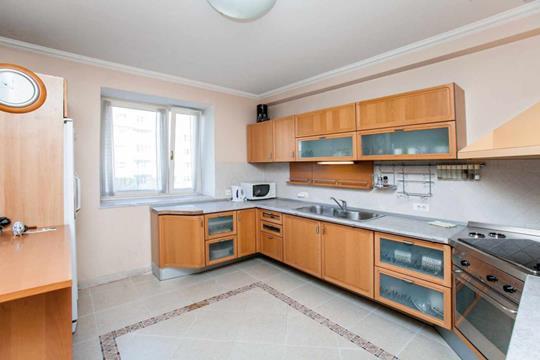 4-комнатная квартира, 160 м2, 5 этаж