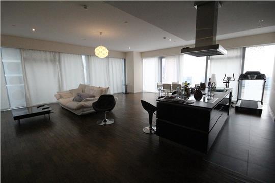 3-комн квартира, 310 м2, 19 этаж