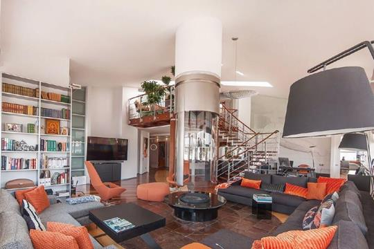 5-комнатная квартира, 370 м<sup>2</sup>, 4 этаж