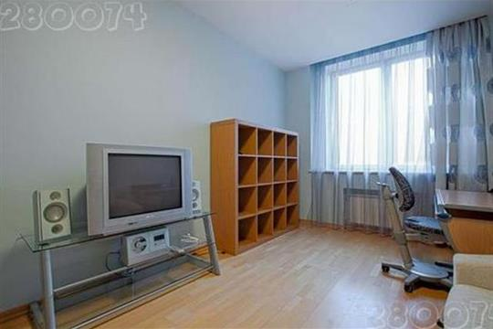 3-комнатная квартира, 140 м<sup>2</sup>, 9 этаж