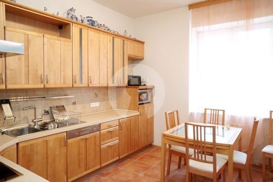 3-комнатная квартира, 145 м<sup>2</sup>, 9 этаж