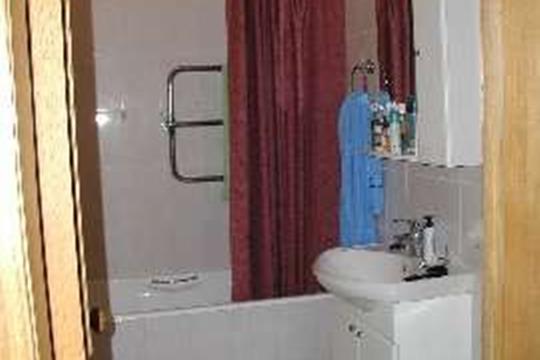 Комната в квартире, 80 м<sup>2</sup>, 2 этаж
