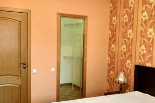 2-комнатная квартира, 67 м<sup>2</sup>, 3 этаж