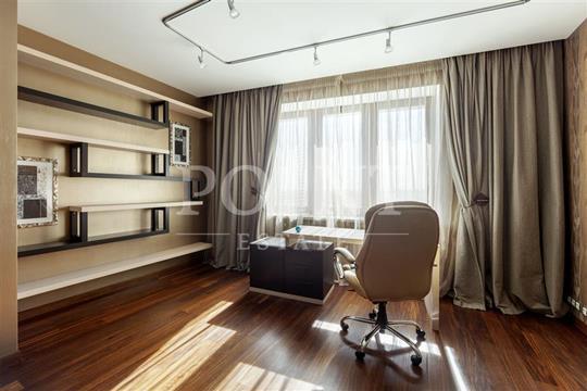 3-комнатная квартира, 135 м<sup>2</sup>, 27 этаж