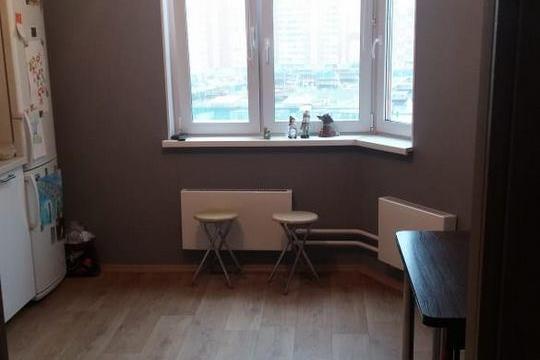 3-комнатная квартира, 76 м<sup>2</sup>, 10 этаж