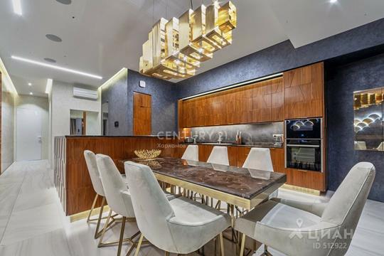 3-комнатная квартира, 134 м<sup>2</sup>, 3 этаж