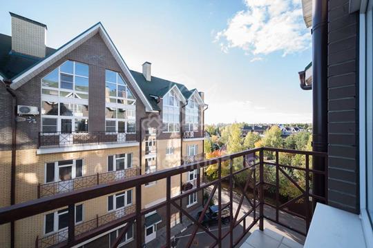 2-комнатная квартира, 76.2 м<sup>2</sup>, 4 этаж