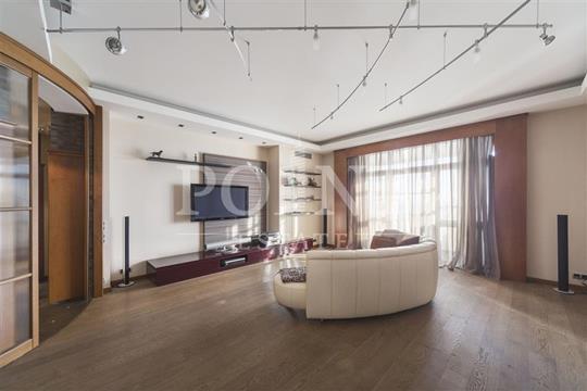5-комнатная квартира, 200 м<sup>2</sup>, 17 этаж