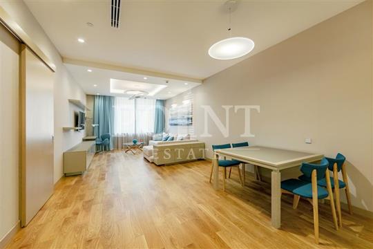 2-комнатная квартира, 93 м<sup>2</sup>, 4 этаж