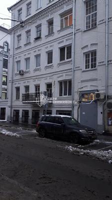 Многокомнатная квартира, 132 м2, 2 этаж - фото 1