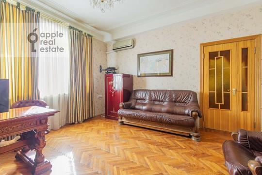 5-комнатная квартира, 140 м2, 3 этаж