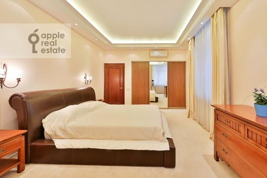 4-комнатная квартира, 170 м2, 2 этаж