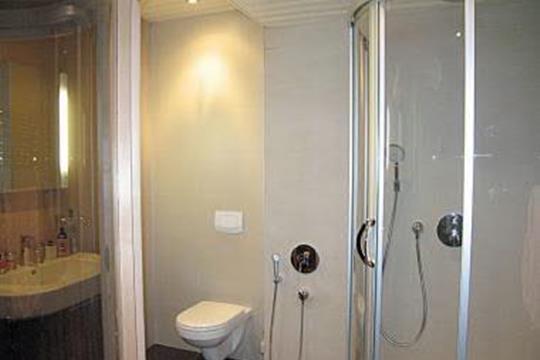 Комната в квартире, 80 м2, 4 этаж
