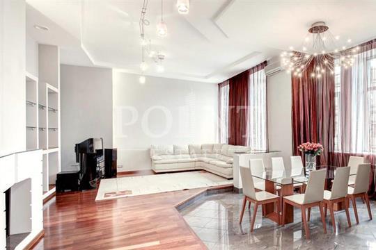 4-комнатная квартира, 198 м<sup>2</sup>, 4 этаж