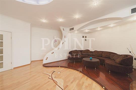 4-комнатная квартира, 140 м<sup>2</sup>, 5 этаж
