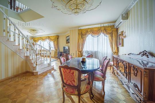 5-комнатная квартира, 220 м<sup>2</sup>, 6 этаж