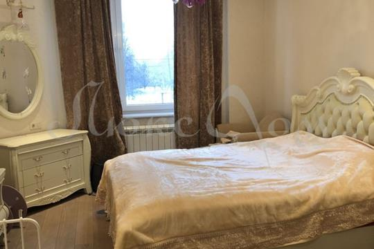 4-комнатная квартира, 140 м<sup>2</sup>, 1 этаж