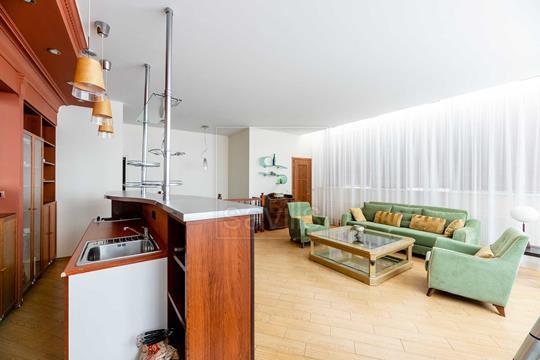 3-комнатная квартира, 218 м<sup>2</sup>, 7 этаж