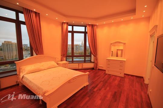 2-комнатная квартира, 75 м2, 18 этаж