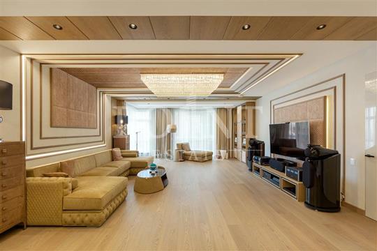 Многокомнатная квартира, 275 м2, 15 этаж