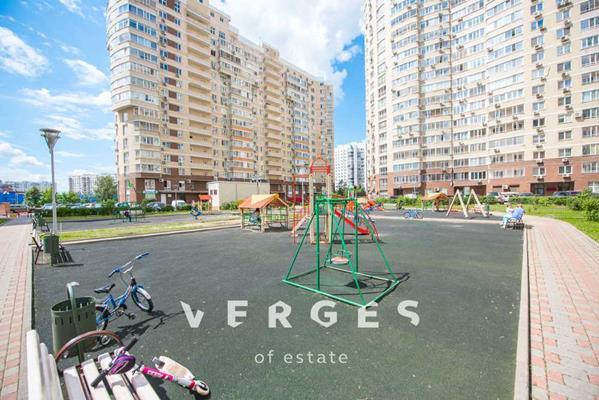 5-комн квартира, 151 м2, 1 этаж - фото 1