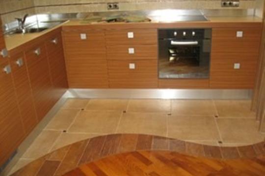 5-комнатная квартира, 150 м<sup>2</sup>, 2 этаж