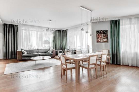 4-комнатная квартира, 186 м<sup>2</sup>, 3 этаж