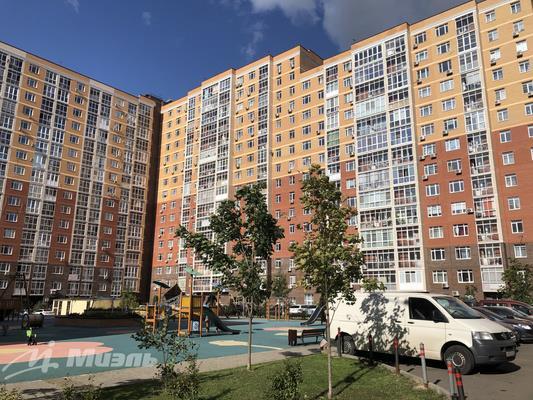 1-комн квартира, 49 м2, 10 этаж - фото 1
