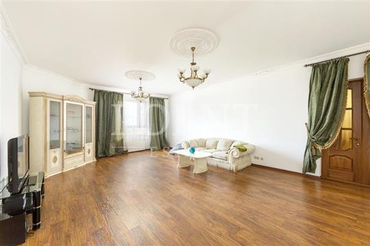 4-комнатная квартира, 220 м2, 15 этаж