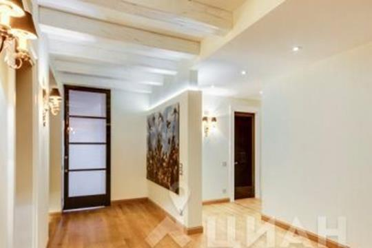 5-комнатная квартира, 267.8 м<sup>2</sup>, 3 этаж