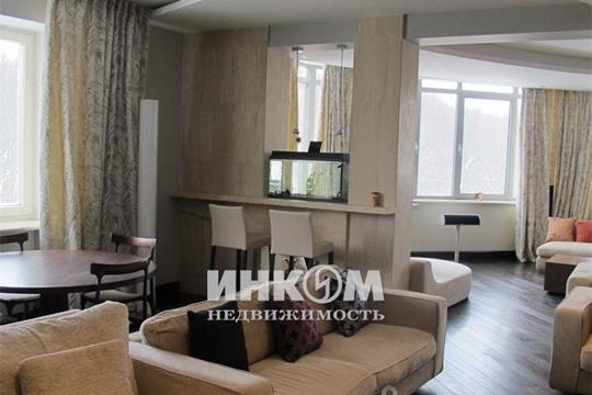 Многокомнатная квартира, 440 м<sup>2</sup>, 3 этаж