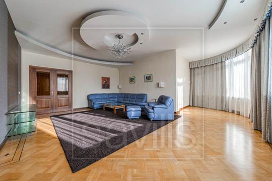 4-комн квартира, 168 м2, 4 этаж