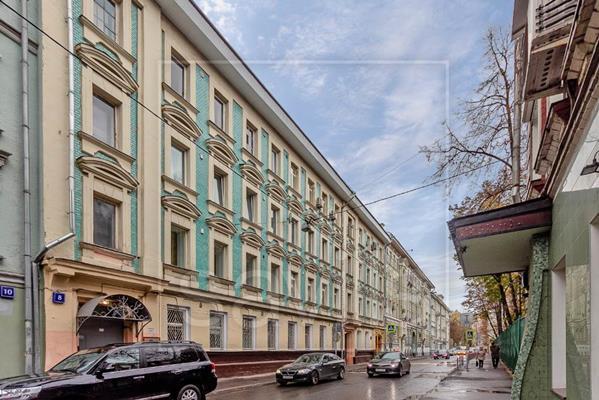 4-комн квартира, 120 м2, 2 этаж - фото 1