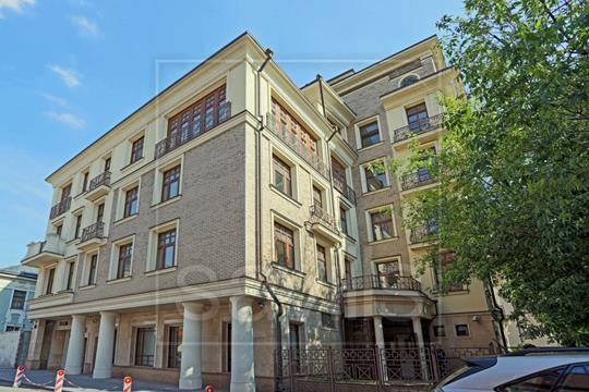 4-комн квартира, 257 м2, 2 этаж