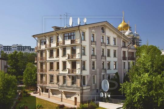 5-комн квартира, 267 м2, 2 этаж