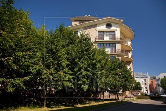 5-комн квартира, 266 м2, 3 этаж