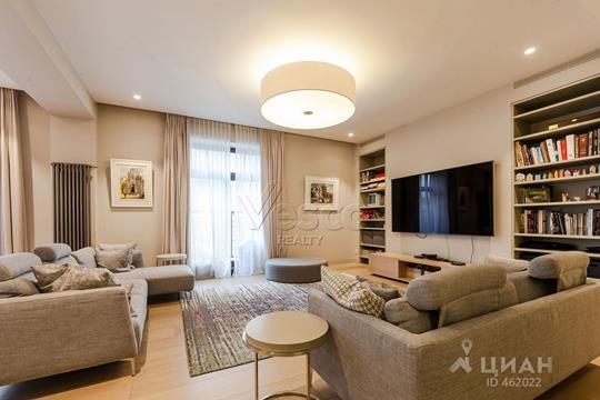 4-комнатная квартира, 226 м<sup>2</sup>, 3 этаж