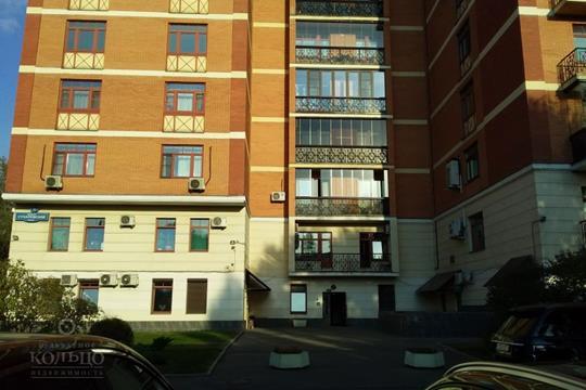 4-комнатная квартира, 136.8 м<sup>2</sup>, 3 этаж