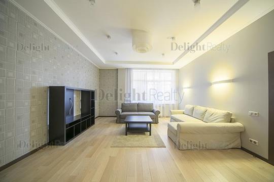 2-комнатная квартира, 108 м<sup>2</sup>, 2 этаж