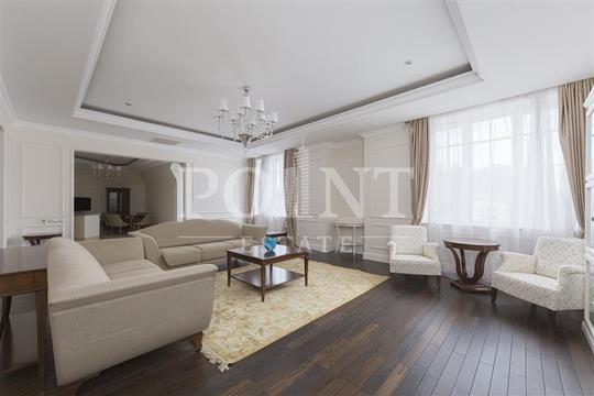 3-комнатная квартира, 164 м<sup>2</sup>, 3 этаж