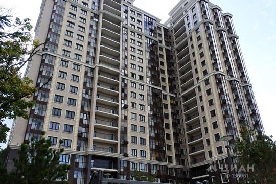 Многокомнатная квартира, 183.6 м2, 2 этаж
